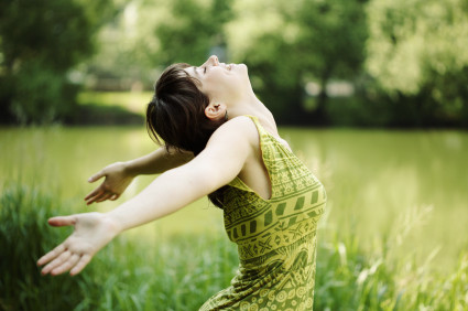 embrace-green-happy-nature-woman-girl-6c0540f6ac6e06673f9eff9f2a1b9cfb-h
